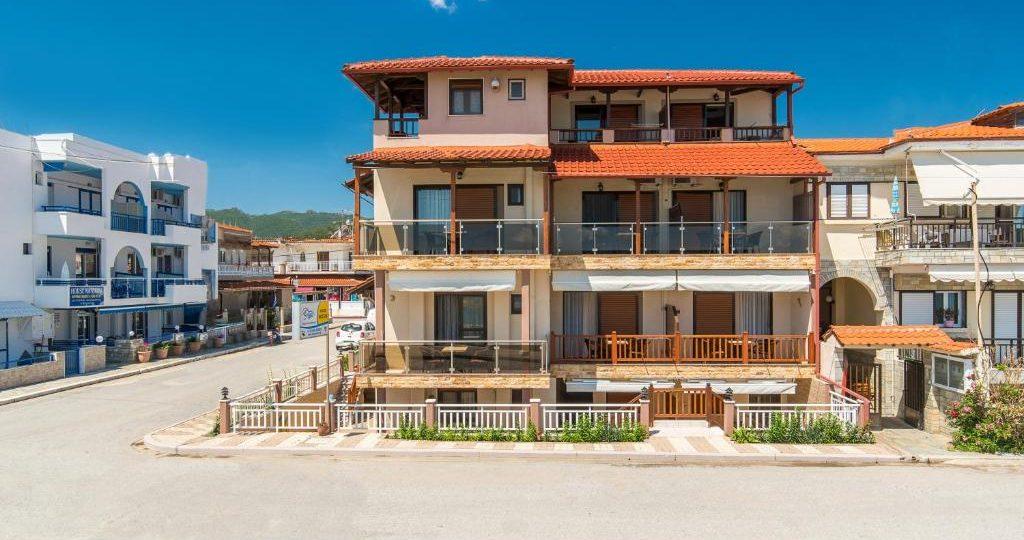 House Kostas on The Beach - Sarti